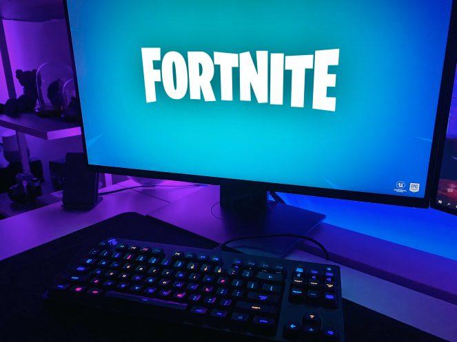パソコンでフォートナイトを始めたらエクセルが捗った話